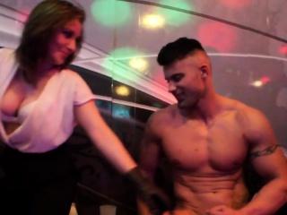 Чешская девушка секс за деньги