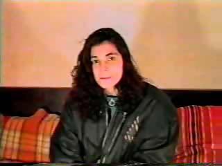 Incredibil primul film porno romanesc dupa 1989 2