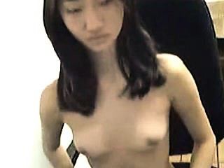 Skinny asian barbie Hsiu from 1fuckdatecom