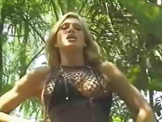 Sex Movie of Amber Lynn Loves A Black Cock In Her Ass