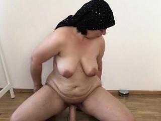 exposed masturbation 50 years old mom gina