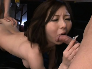 cleanly shave oriental wet crack gets stimulated with sextoy