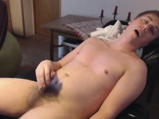 danish guy - loud orgasm