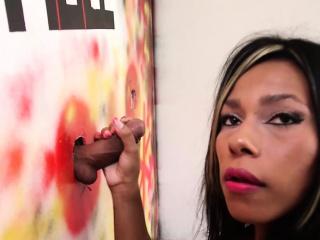 Ebony Shemale Tatiana Guzman Gloryhole Exprience