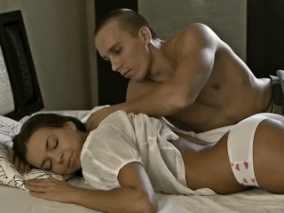 hottie receives her taut shaved beaver stretched by stud