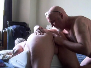 Fat mature waiting for her asshole Elida from 1fuckdatecom