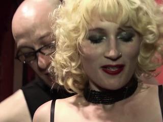 perwersyjne starsze blondynka uma masome loves masturbating