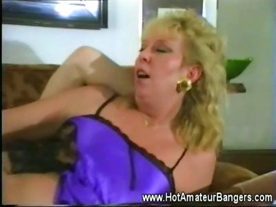 Porno Video of Mature Amateur Wife Fucked Balls Deep