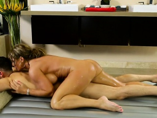 mature masseuse banged by her client after nuru massage