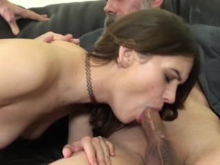 Секс русских лесбиянок со страпоном смотреть порно