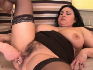 mature fatty gets her hairy twat rammed