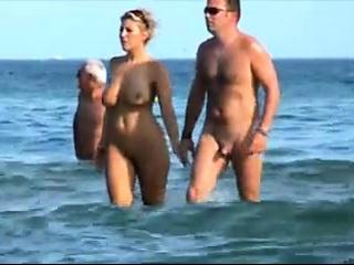 παραλία - μεγάλη φυσική ξανθιά