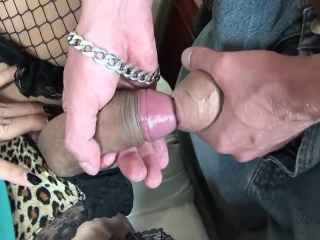 Asian shemale Simine receives a massive prick in her asshole