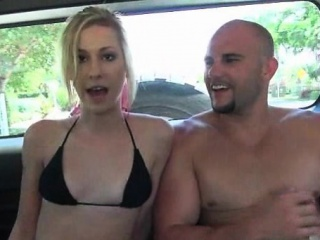 skinny blonde flashes cunt and gives bj