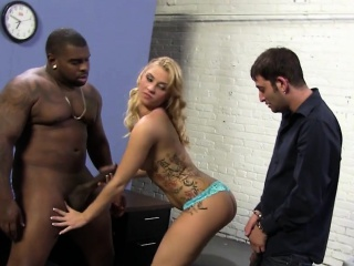 poor cuckold watching lexi kartel taking a bbc pounding