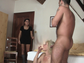 Зрелые муж жена на ранчо порно