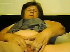 Просмотреть порно мамочки совращают сыновей