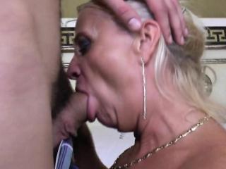 Порно фото с хлоя вевриер