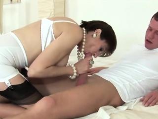 Секс измена в массажном салоне