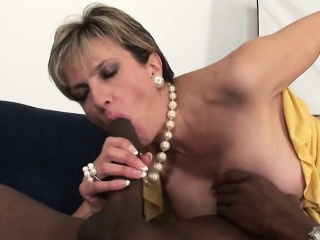 unfaithful british milf lady sonia displays her enormous bre