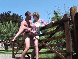 adulterous english mature lady sonia pops out her heavy boob