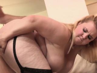 Жесткое порно толстушек смотреть онлайн