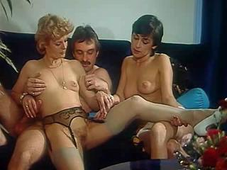 Porno Video of L'initiation D'une Femme Mariee 1983