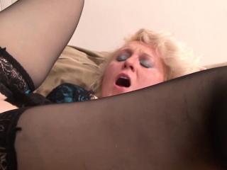 Подруга пьет сперму с жопы смотреть порно