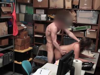 Сосут порно видео глотают сперму