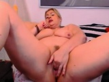 mature fingering pussy
