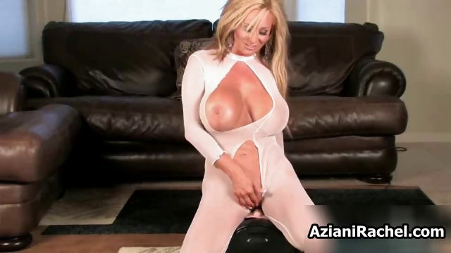Porno Video of Hot Blonde Milf With Huge Tits Gets Part3