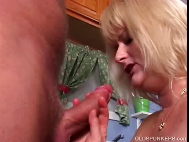 Porn Tube of Mature Pornstar Lizzy Liques Loves To Fuck