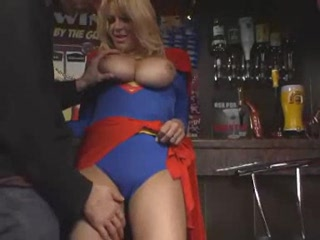 Porno Video of Supergirl Gives Supersex