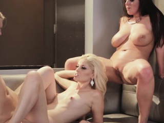 Смотреть бесплатно порно лесбиянки рабыни