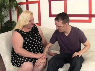 joanna roxxx chubby woman sucks dick gets fucked from behind