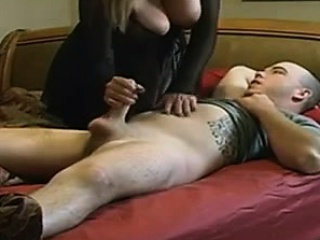 mommy with giant boobs and guy william from dates25com