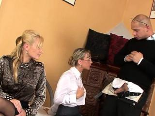 Пикапер снял зрелую чешскую даму порно видео