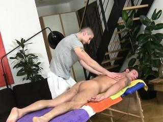 homosexual gives wonderful oral pleasure for slutty dude