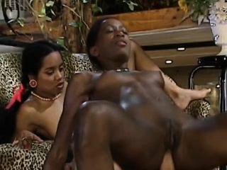 african sluts sharing huge white schlong in threeway