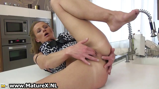Porn Tube of Sexy Mature Housewife Loves Pleasing Her Part4