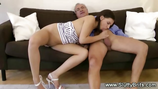 Porno Video of Old Man Plays With Young Pussy