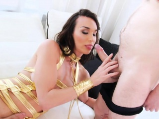 sexy tgirl jonelle brooks analyzed while stroking her dick