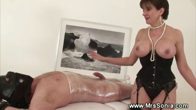 Porno Video of Mistress Jerking Off Her Bound Slave