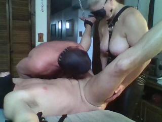 Порно жена смотрит как муж с тещей смотреть порно