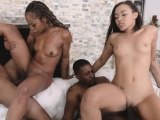 ebony mother and daugters nice facial