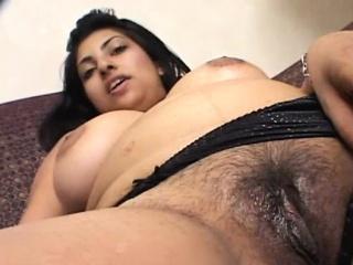 Выебал черную пизду смотреть порно