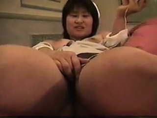 mature asian couple fucking in the car close up and dirty