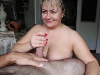 nice mature mega boobs busty give blowjob