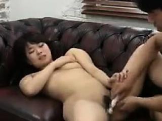 Муж ебет беременную жену в жопу