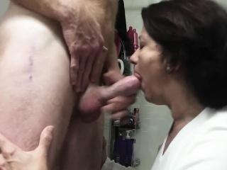 Давно мечтал трахнуть жену знакомого порно